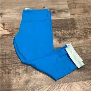 Size 6 reversible lululemon leggings